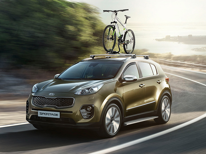 Kia Sportage fitted with Genuine Kia accessories.