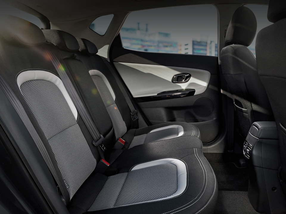 Kia cee'd spacious interior