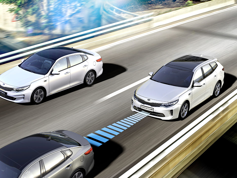 Kia Optima Sportswagon GT - advanced smart cruise control