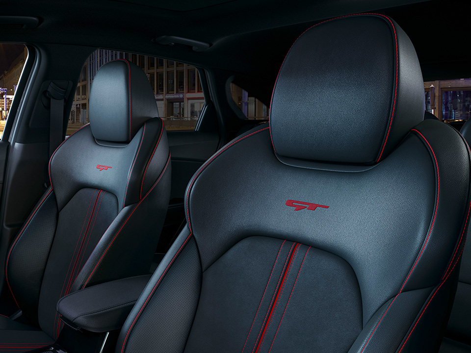Kia ProCeed GT seats