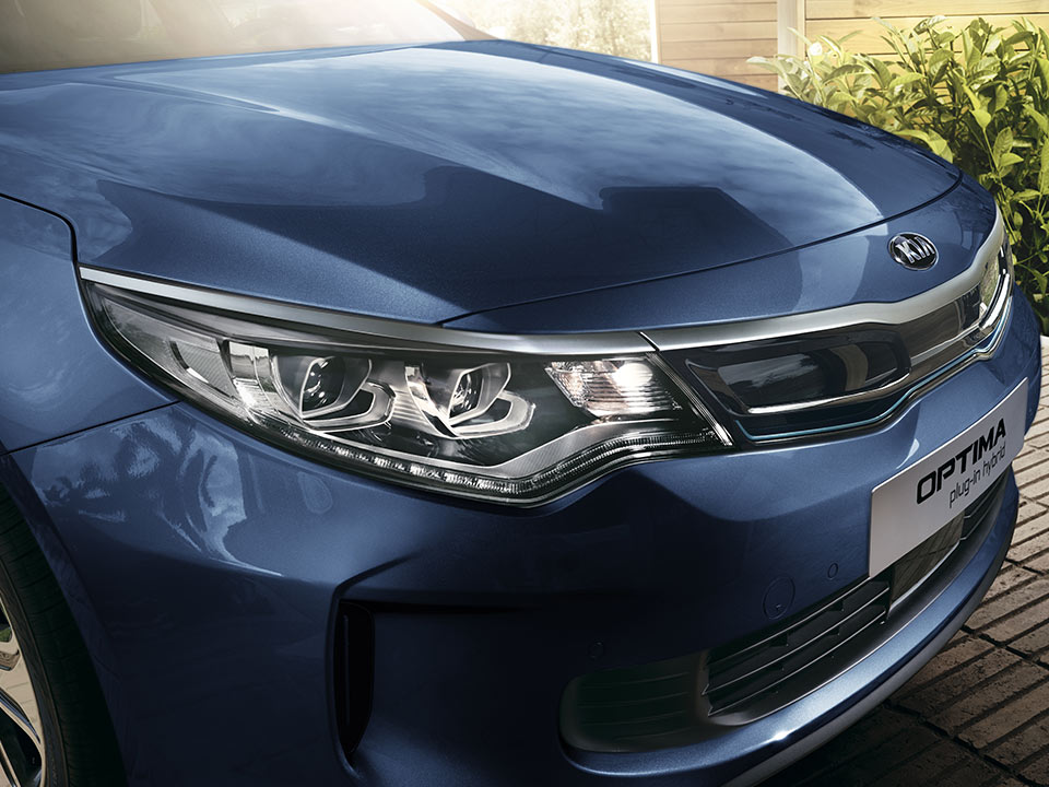 Kia Optima Plug-in Hybrid - design ibrida
